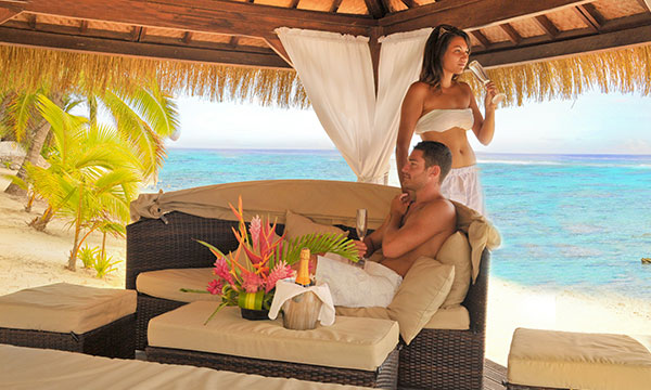 Couple Crown Beach Cook Islands  - 25% OFF: 4.5-Star Hotel in the Cook Islands!